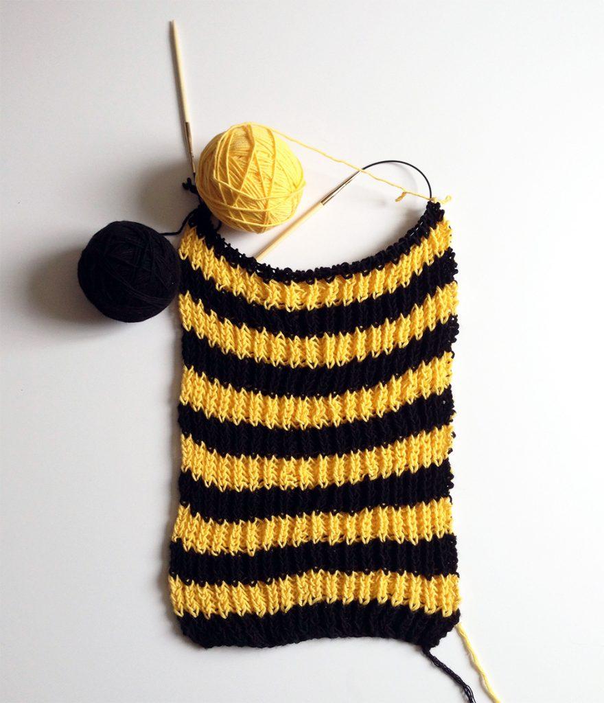 Schwarzgelber Schal
